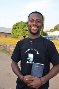 French Bible distribution in Congo.