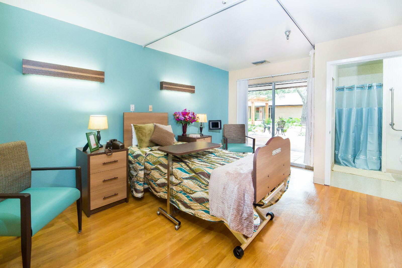 San Antonio room 2