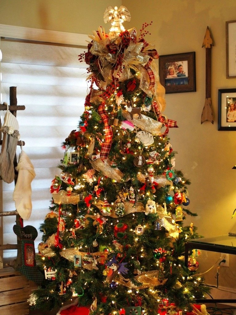 beautiful indoor decor for Christmas