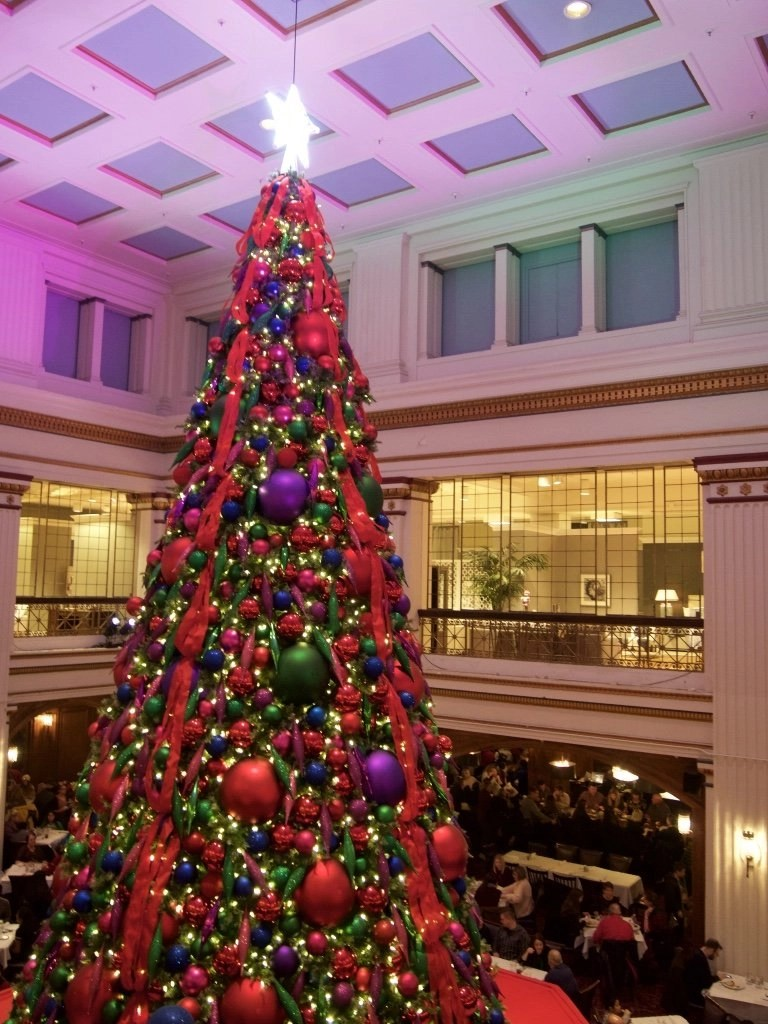 The Walnut Room, Macy's, Chicago, Illinois