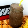Dark chocolate pb banana smoothie | carmelmoments.com