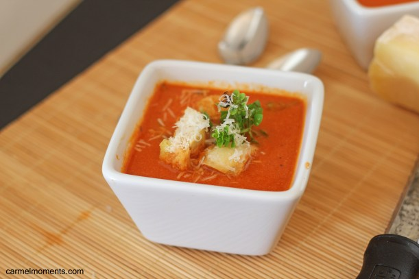 Fresh Tomato Basil Soup | gatherforbread.com