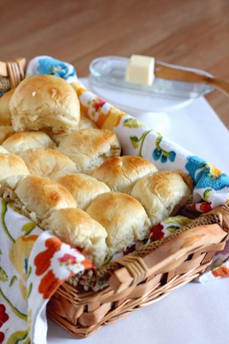 Flufy Make Ahead Dinner Rolls