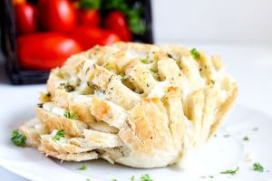 Easy Cheesy Party Bread