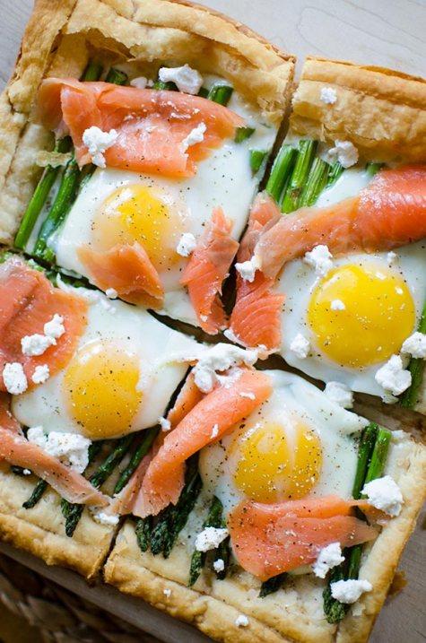 Asparagus-and-Egg-Tart-with-Smoked-Salmon