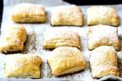 Strawberry-Cream-Cheese-Pastries-3-e1415452513181