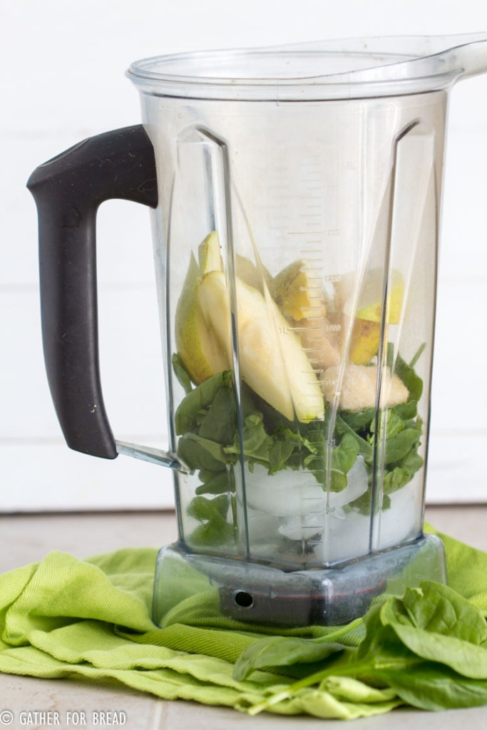 Glorious Greens Pear Smoothie