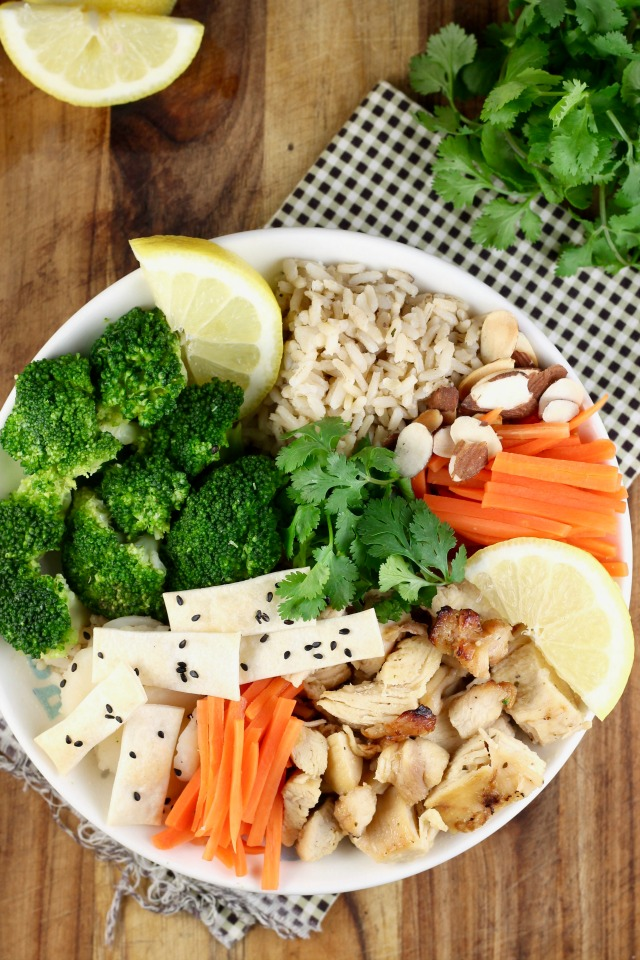 Lemon Chicken Broccoli Bowls