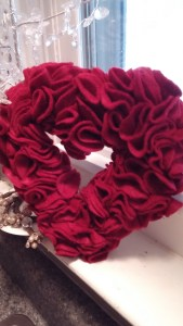 mini heart wreath
