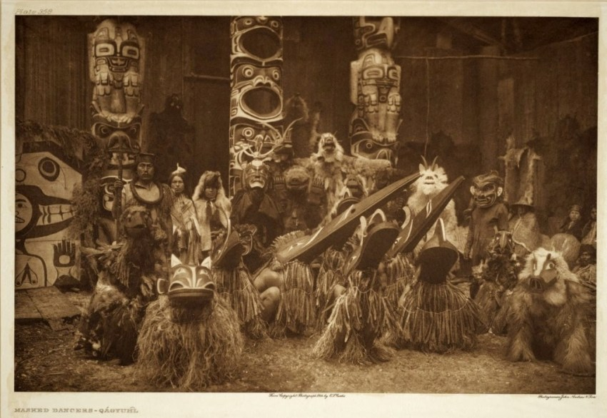 Edward_Curtis_-potlatch-of-the-Kwakwa̱ka̱'wakw-people-1024x706.jpg