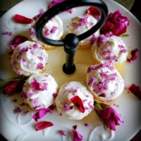 Rose Cupcakes: A Divinely Feminine Confection