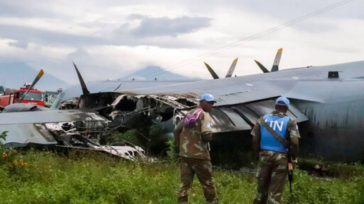 Military aircraft with UN soldiers onboard crash lands