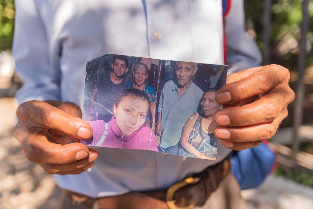 Detalle de la foto de la familia Lima. Foto/Emerson Flores