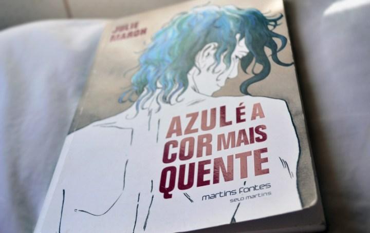 AZUL É A COR MAIS QUENTE