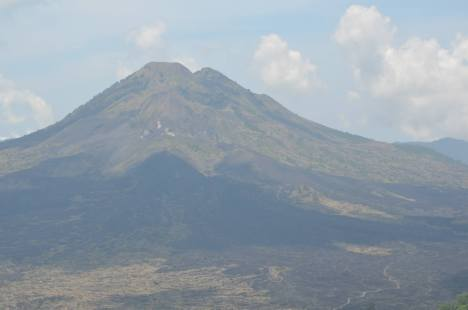 Mount Batur, in all its glory ...