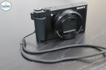 The Sony DSC-HX80 is a very good looking camera