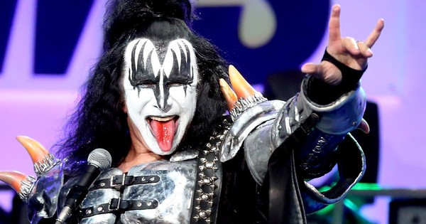 What Kiss's Fire-Breathing, Blood-Spitting Frontman Gene Simmons Can Teach Business