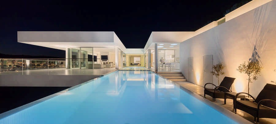 Thinking Of Buying A Property In Portugal Or Greece?