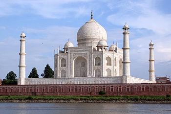 350px-Taj_Mahal-09.jpg
