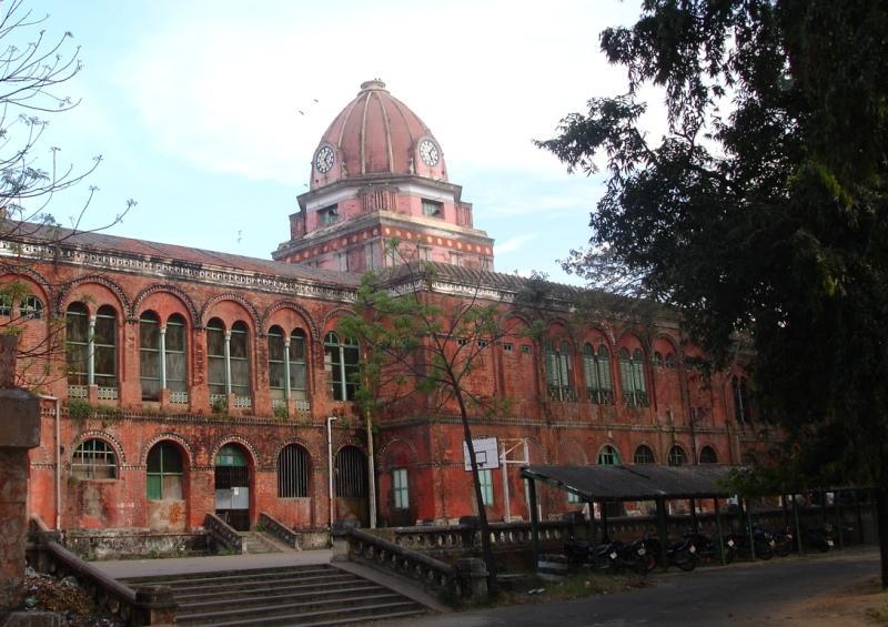 Best Arts Colleges in India – Gaurav Tiwari