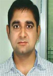 आईएएस अधिकारी यूनूस खान