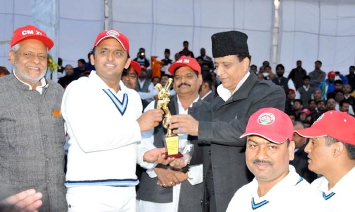 मुख्यमंत्री की क्रिकेट टीम ने आई.ए.एस. टीम को पछाड़ा