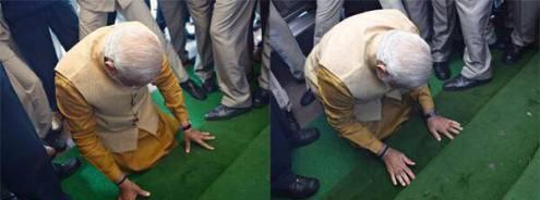संसद भवन की सीढ़ियों पर मत्था टेकते भावी प्रधानमंत्री नरेंद्र मोदी