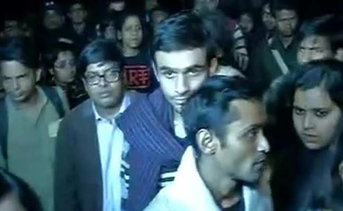 देश द्रोह के आरोपी दुर्दांत छात्र।