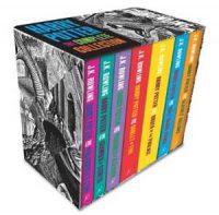Harry Potter - Sett med alle bøkene på engelsk Image