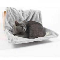 Katteseng: Grå hengeseng til gelender, sofa el.l. Image