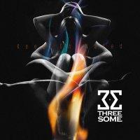 threesome_keep-on-naked