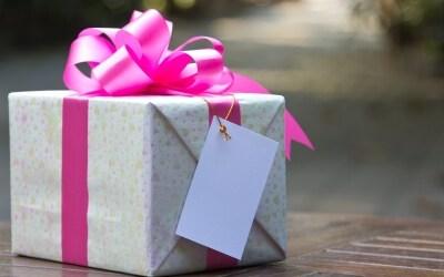 gave til par
