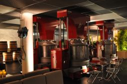 The vertical presses