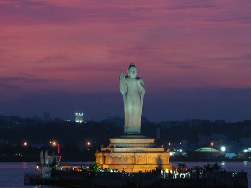 Buddha Statues: Hussain Sagar Buddha