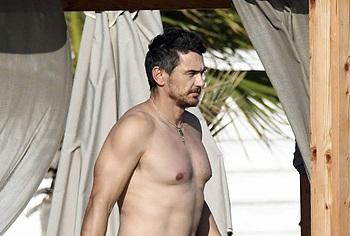 James Franco desnudez
