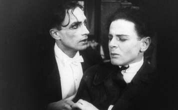"""""""Anders als die Andern"""" (em português, """"Diferente dos Outros""""), estreou na Alemanha em 28 de maio de 1919."""