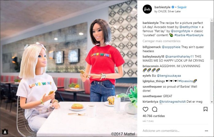 """The recipe for a picture perfect LA day! Avocado toast by @eatbychloe + a famous """"flat lay"""" by @songofstyle = classic """"curated"""" content! 🥑 #barbie #barbiestyle"""