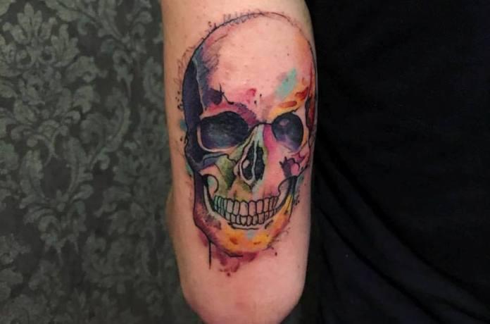 Trabalho da tatuadora Karla Montenego, de Cotia (SP). Foto: reprodução