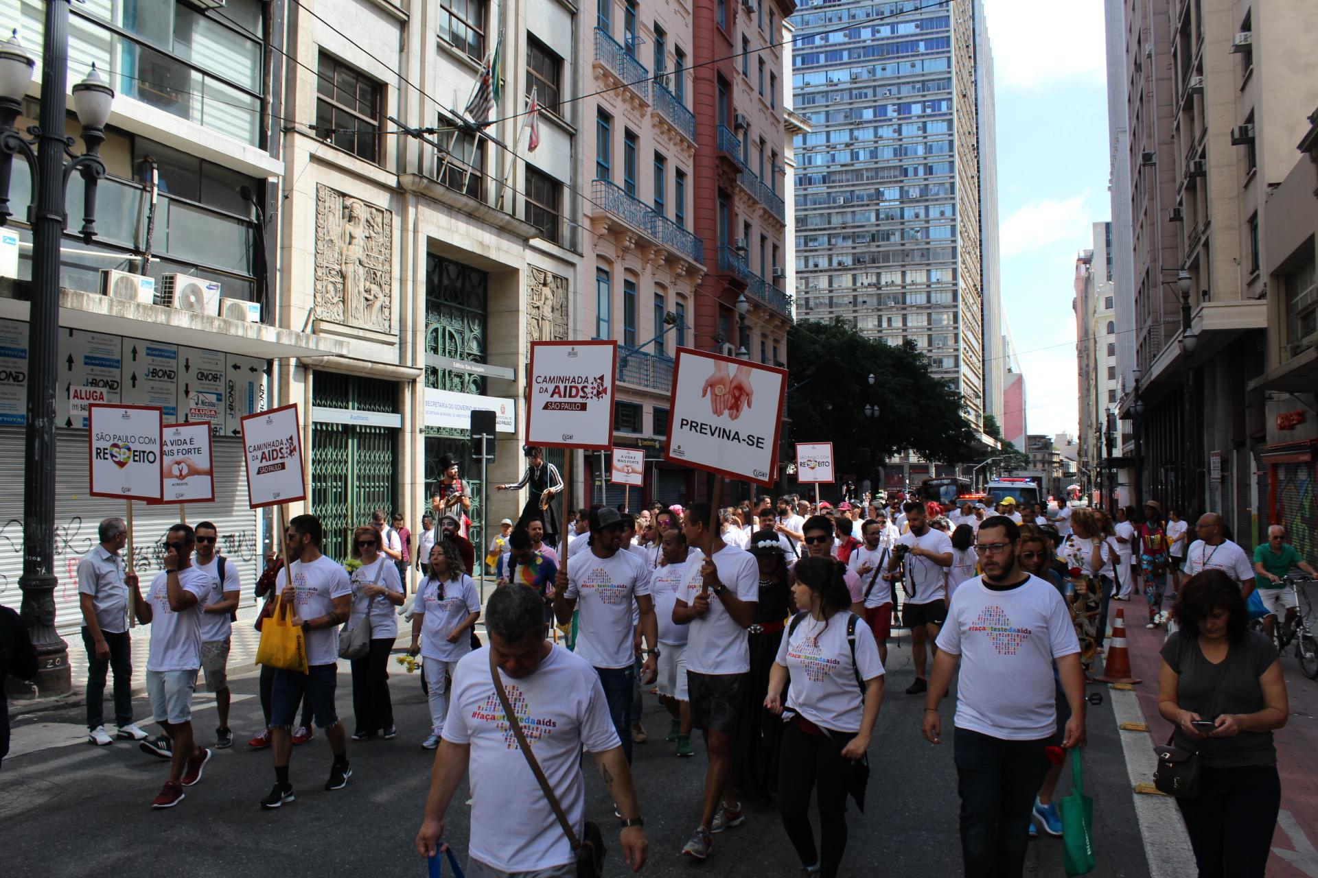 Projeto inspirado na AIDS Walk, de Nova York, é aprovado em primeira votação na Câmara de SP