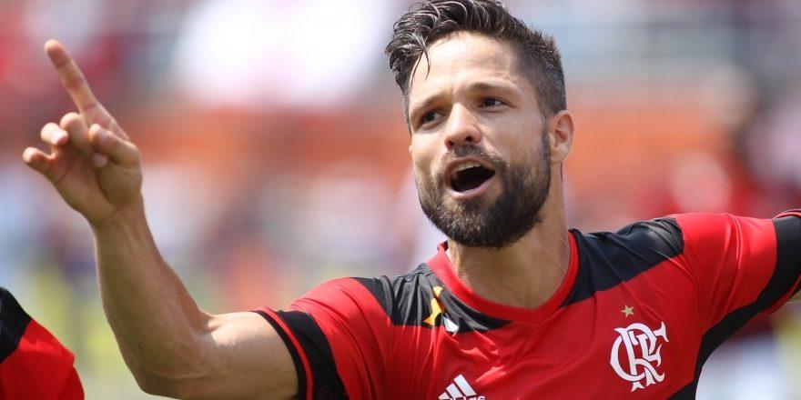 'Abraçar Diego foi melhor que abraçar minha mulher', constata torcedor