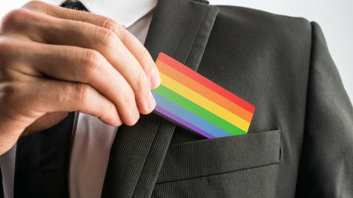 diversidade gay pride flag mercado profissional