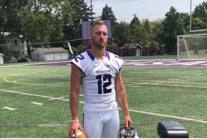 Wyatt Pertuset is a wide receiver and punter for Capital University. Foto: reprodução