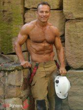 David-2019-Hot-Firefighters-www.australianfirefighterscalendar.com2023-720x960