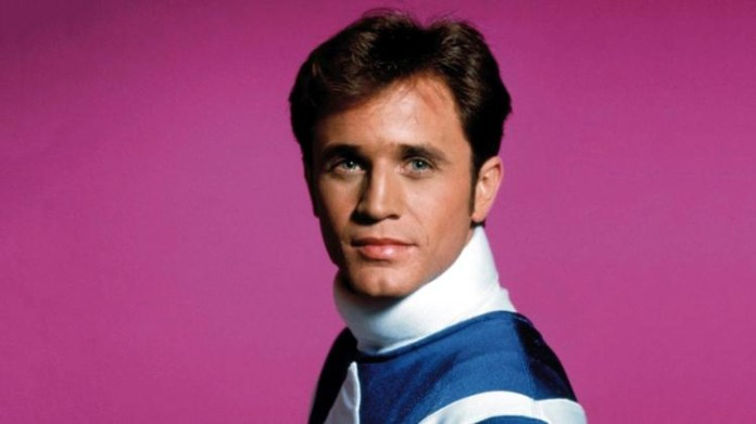 Uma das atrações infantis mais bem-sucedidas dos anos 1990, ator da série Power Rangers conta que sexualidade não é algo para se lutar e ranger