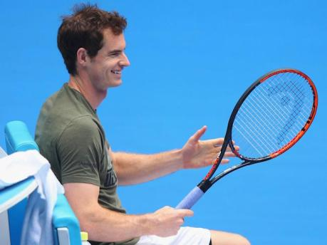 Andy-Murray-during-a-tennis-match