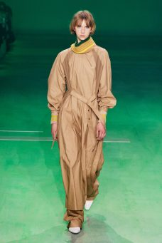 356050_863184_lacoste_aw19_look_06_by_yanis_vlamos