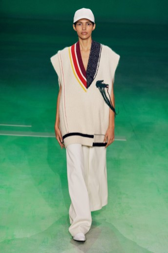 356050_863232_lacoste_aw19_look_32_by_yanis_vlamos