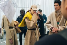 356053_863369_lacoste_aw19_backstage_by_alexandre_faraci79