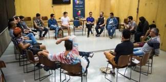 Roda de conversa sobre a produção literária gay no Brasil: as relações com temas e estéticas que fogem do esperado e leituras de trechos de textos dos autores