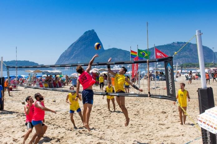 Primeiro Campeonato de Vôlei de Praia. Foto: Scruff